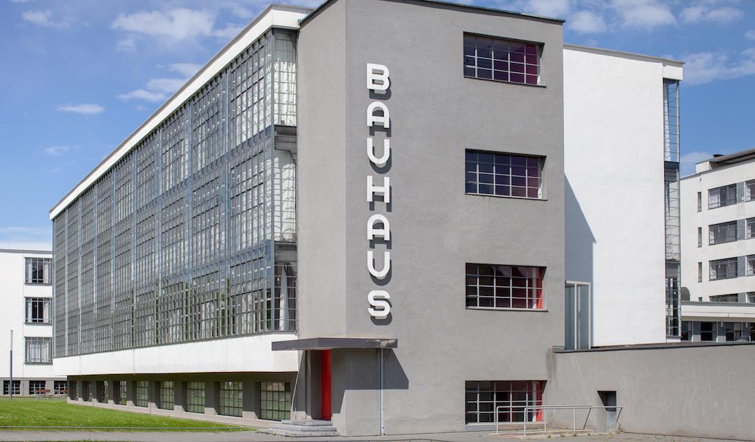 Reconstruyendo tipos de la Bauhaus