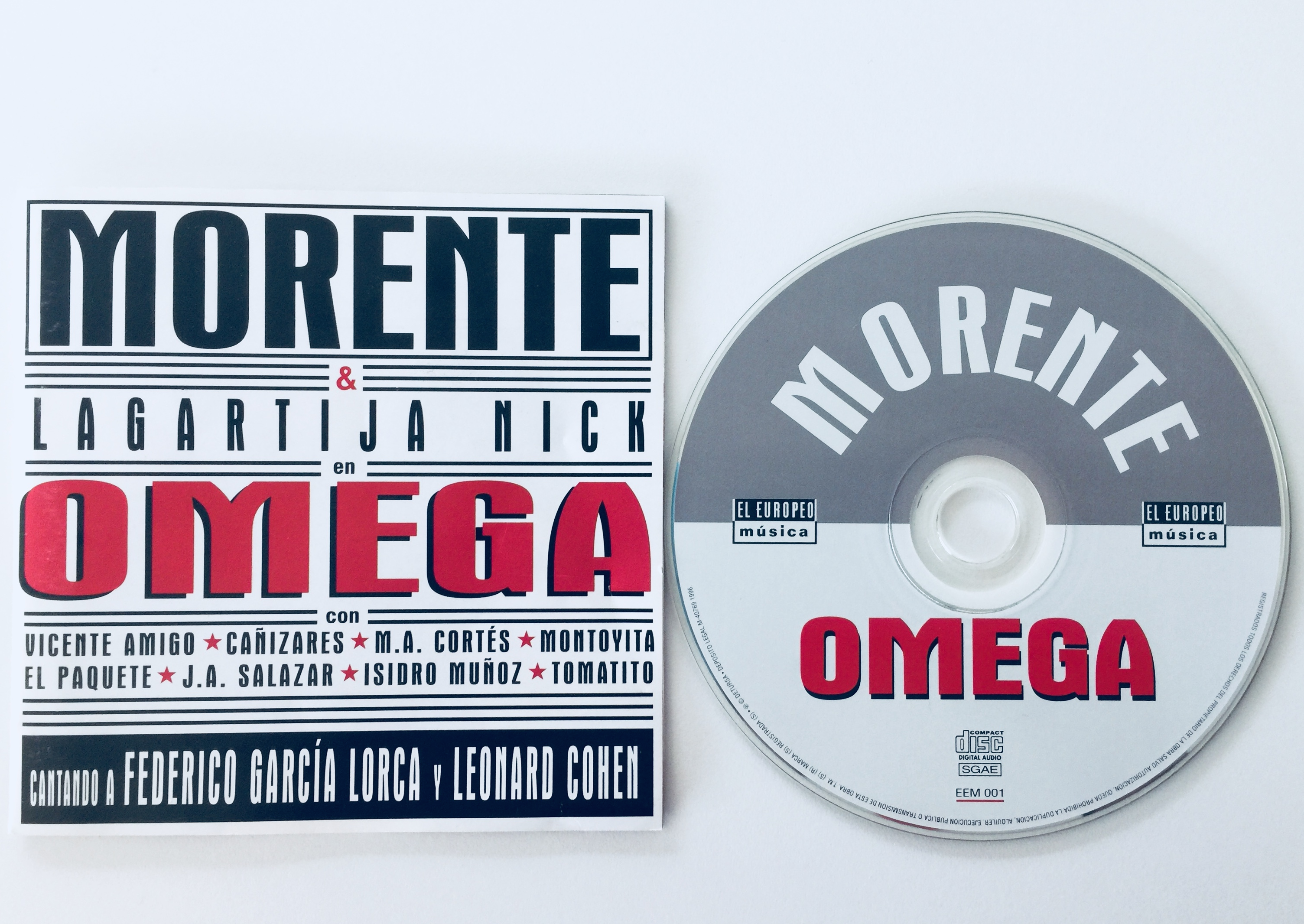 La portada tipográfica de OMEGA